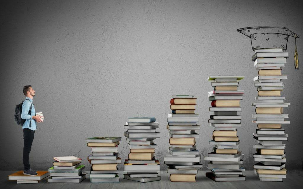 教科書の階段と学生