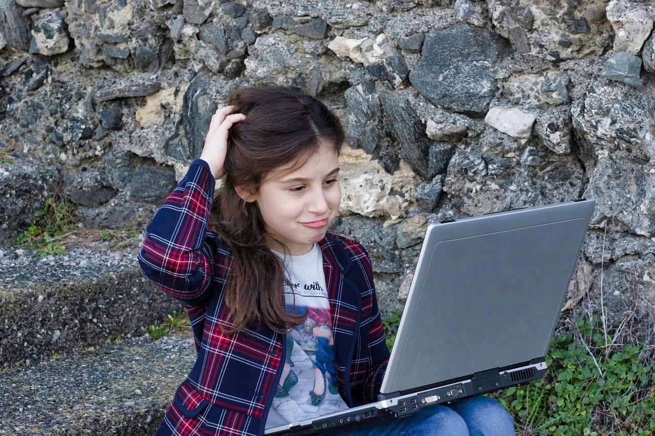 little girl, computer, portable