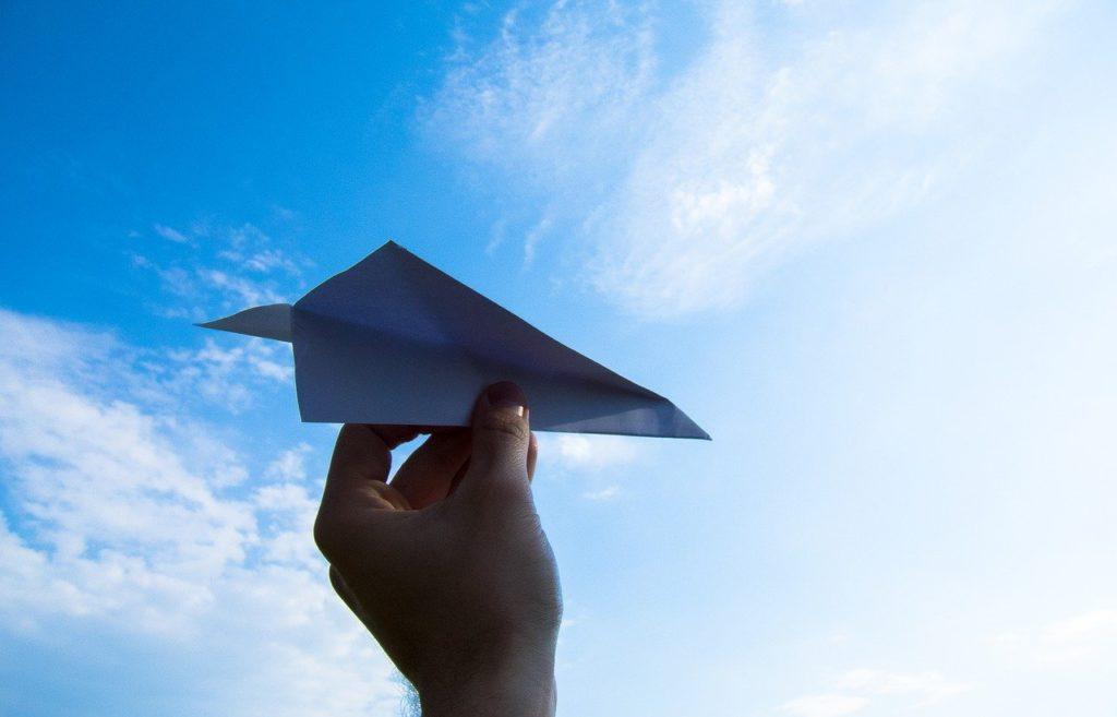 紙飛行機,手,空