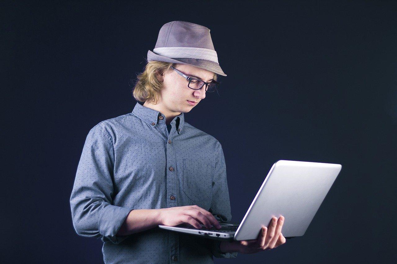 ラップトップ、パソコン