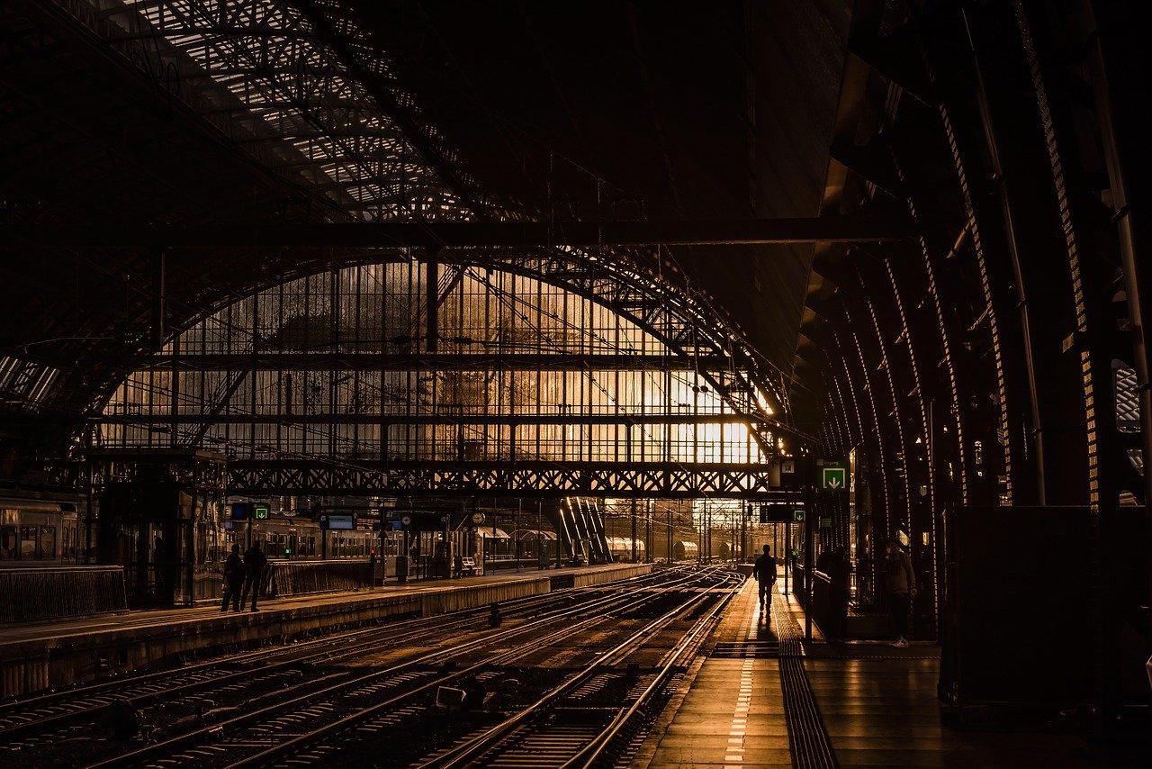 station, tracks, train station